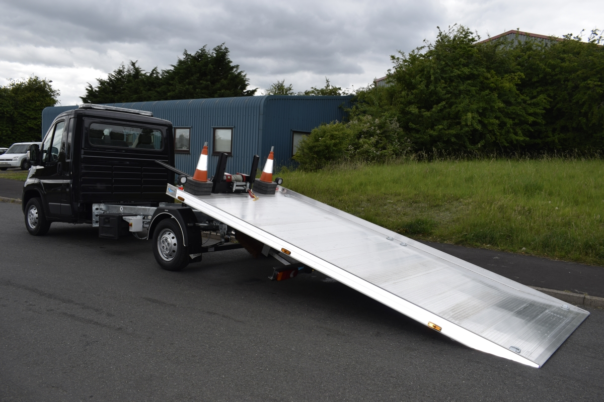 Boniface T35 Heads to Leicester