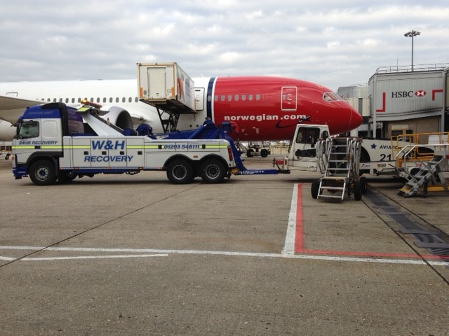 W&H Making Airside Jobs Look Easy!