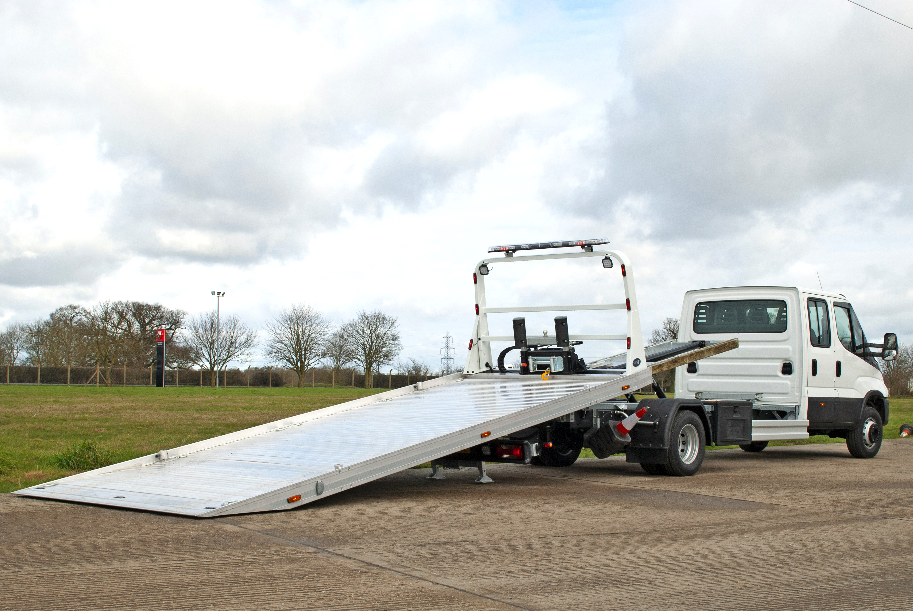 New stock Iveco Daily 70C18 slidebed