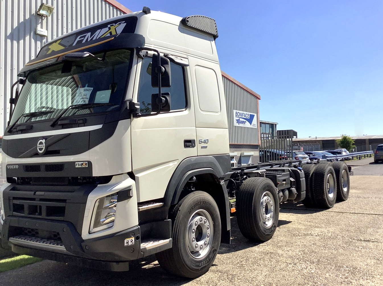 New stock Volvo FMX 540 Globetrotter 8x4 chassis profile